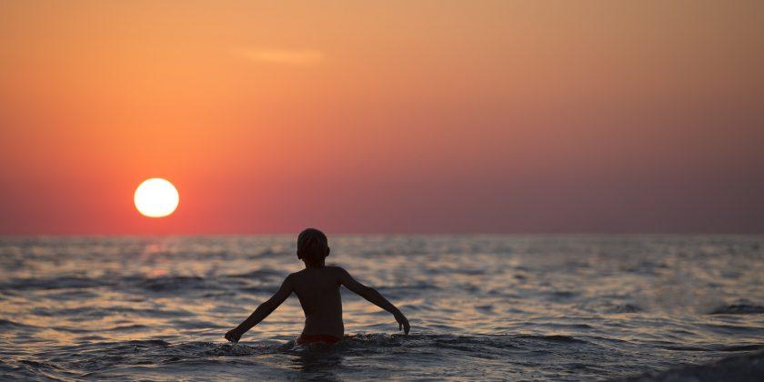 〜クラウドファンディングで海から笑顔と幸せの連鎖を〜
