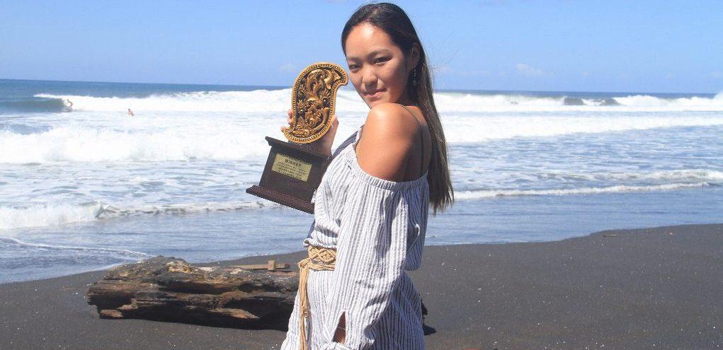 【祝!JPSAショートボード第1戦女子優勝者インタビュー】宮坂麻衣子ちゃんにちょっと接近♪